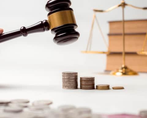 Sąd i pieniądze